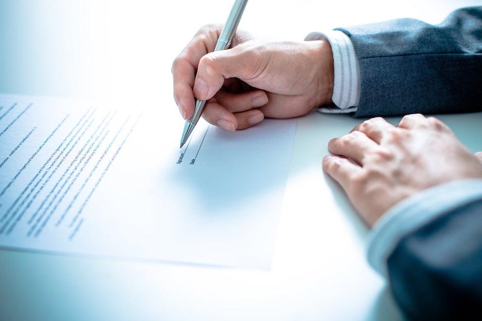 đăng ký thế chấp quyền sử dụng đất là việc ghi nhận thông tin trên sổ
