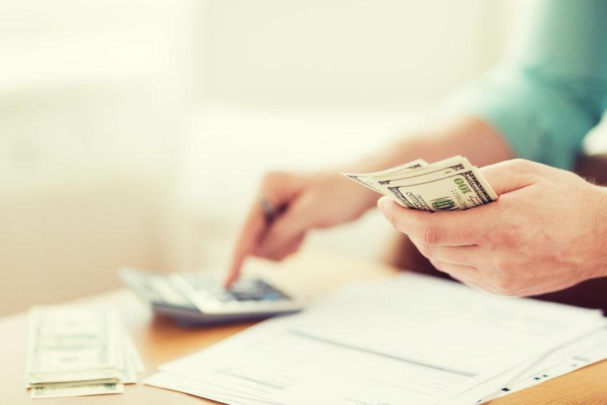 phí trả nợ vay trước hạn là khoản thu bù lỗ của ngân hàng